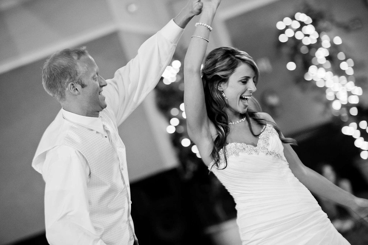 wedding-1605322_1280